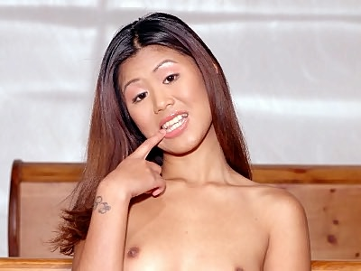 Asias Hot striptease